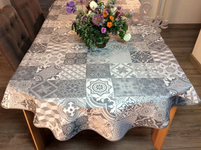 Nappe Azulejos, gris, ovale 150x240 cm, 100% polyester anti-taches